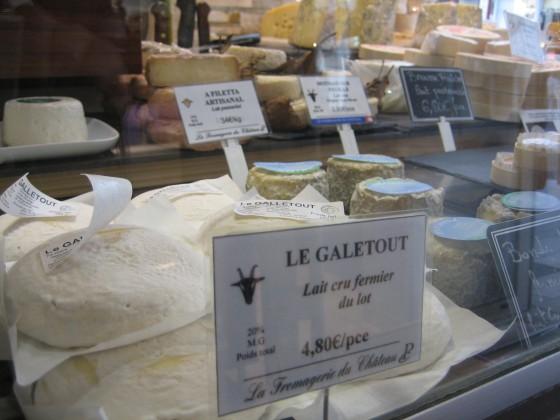 La Fromagerie du Château : Fromages artisanaux au lait cru, plus de 100