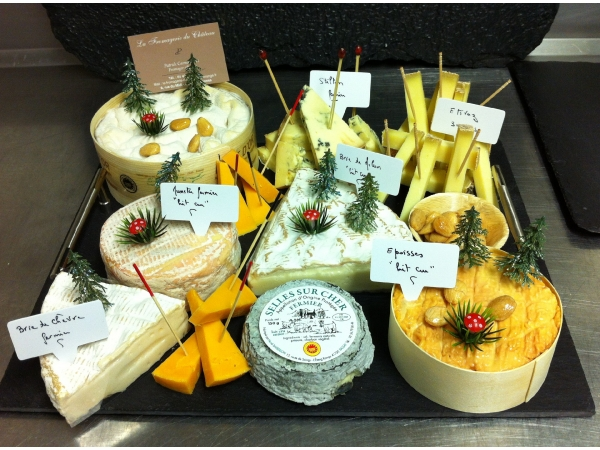 plateau de fromage pour 30 personnes bb02 jornalagora. Black Bedroom Furniture Sets. Home Design Ideas