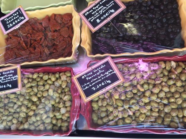 Olives, tomates séchées