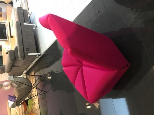 GOSSIP fauteuil exposition