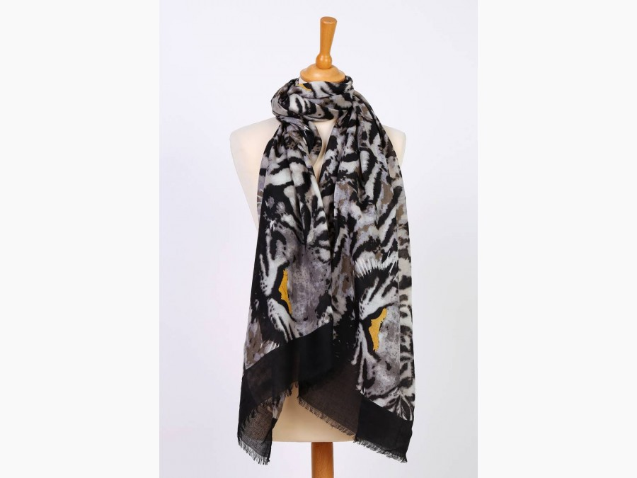 Foulards motifs léopard